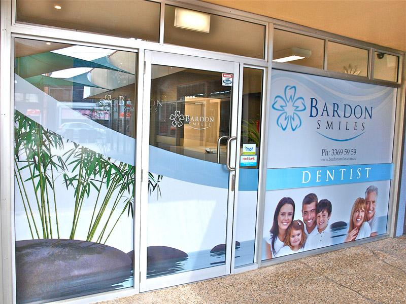 Bardon Smiles Practice Front